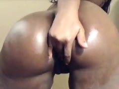 Big booty ebony chick in stockings..